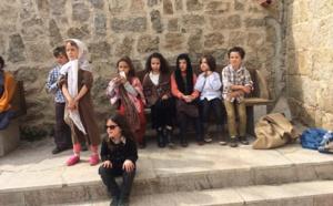 Les écoliers de Serra di Ferro tournent un film